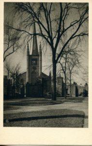 1.27 CPC -First Parish Unitarian Church, Cambridge, Mass. ca.1938-1941 [American Scene, New Haven, CT] Photograph: Samuel Chamberlin