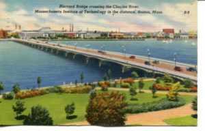 "2.07 CPC - ""Harvard Bridge crossing the Charles River, Massachusetts Institute of Technology in the distance, Boston, Mass."" ca.1939-1945 [Colourpicture, Boston, MA] *"