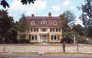 1.100 CPC - Annie Allegra Longfellow's Home ca.1960-1980 [Yankee Colour Corporation, Southborough, MA *